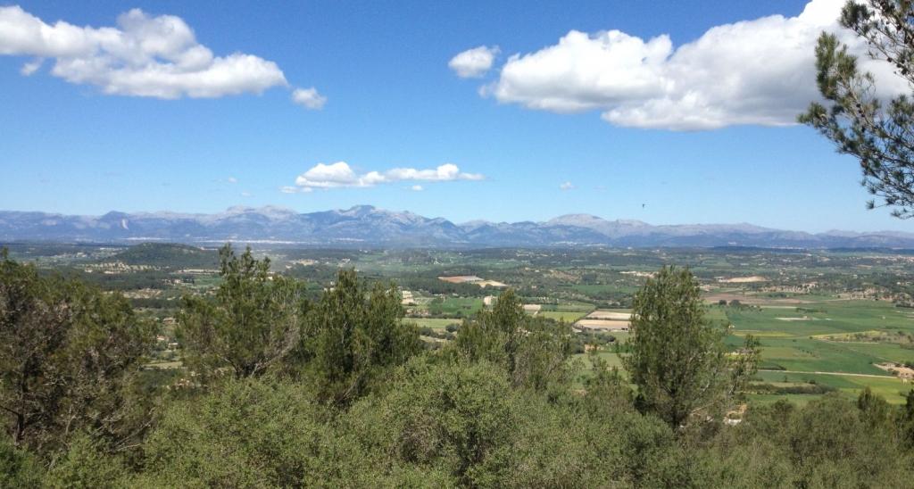 3-Klösterrunde - Blick zum Tramuntanagebirge